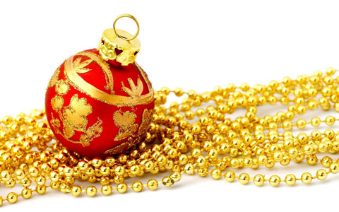 Golden bauble wallpaper