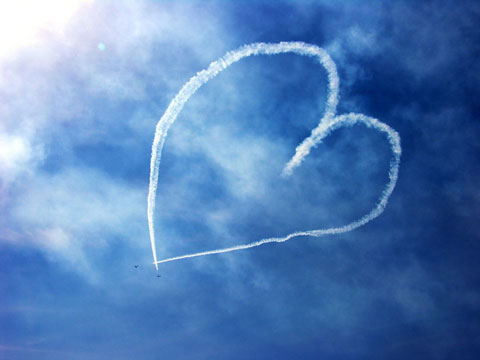 Heart shaped sky wallpaper